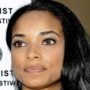 Rochelle Aytes 2 of 5