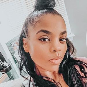Rochelle Monique 3 of 6