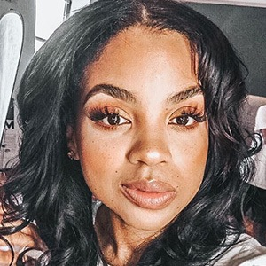 Rochelle Monique 5 of 6