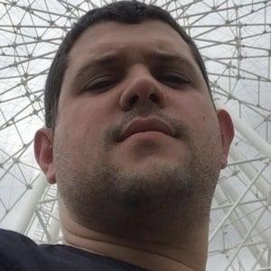 Rodolfo CrediDio Headshot 10 of 10