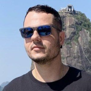 Rodrigo Veroneze Headshot 8 of 10