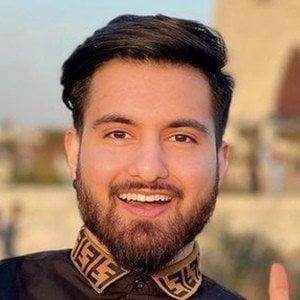Rooh Naqvi 2 of 10