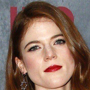 Rose Leslie 3 of 8