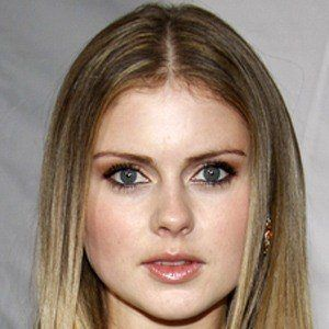Rose McIver 3 of 8