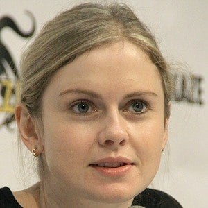 Rose McIver 8 of 8