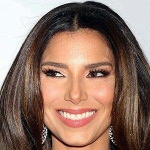 Roselyn Sánchez 7 of 10