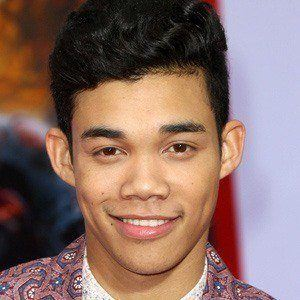 Roshon Fegan 4 of 10