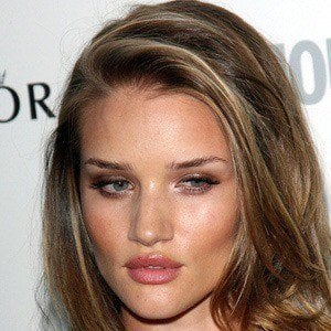 Rosie Huntington-Whiteley 3 of 10