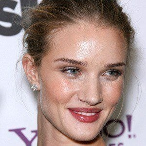 Rosie Huntington-Whiteley 4 of 10