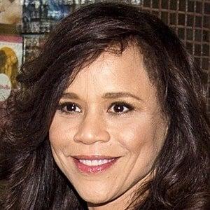 Rosie Perez 6 of 9