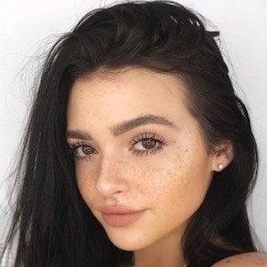 Kelsey Simone 4 of 10