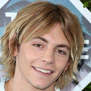 Ross Lynch 6 of 10