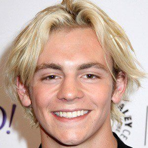Ross Lynch 7 of 10