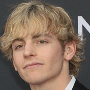 Ross Lynch 9 of 10