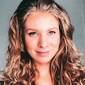 Roxana Strasser 2 of 6