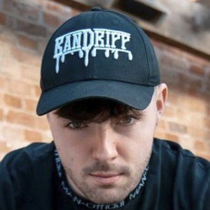 Ruben Chorlton-Owen Headshot 5 of 9