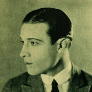 Rudolph Valentino Headshot 5 of 5