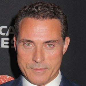Rufus Sewell 8 of 10
