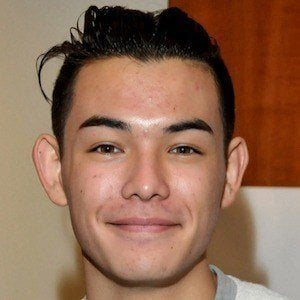 Ryan Potter 6 of 8