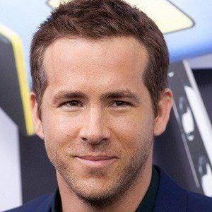 Ryan Reynolds 3 of 10