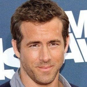 Ryan Reynolds 4 of 10