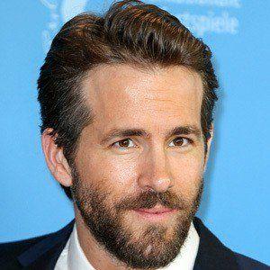Ryan Reynolds 6 of 10