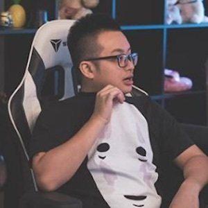 Ryan Tan 6 of 8