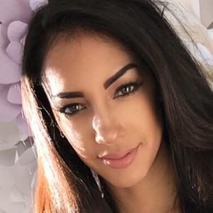 Sabrina Lorena 5 of 6