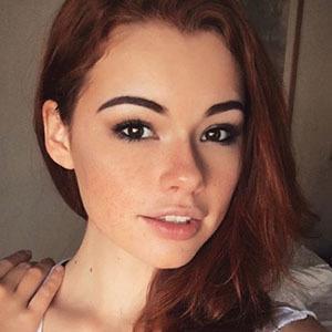 Sabrina Lynn 5 of 6