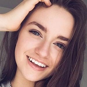 Sadie Aldis 6 of 7