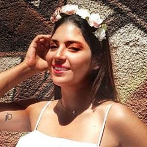 Safia Tazi 2 of 5