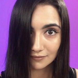 Safiya Nygaard 8 of 10