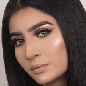 Sahar Amir 3 of 4