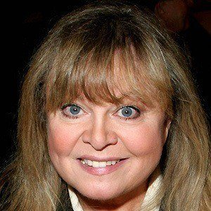 Sally Struthers 4 of 6