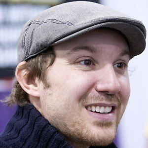Sam Huntington 2 of 5
