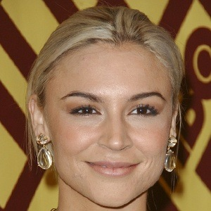 Samaire Armstrong 6 of 10
