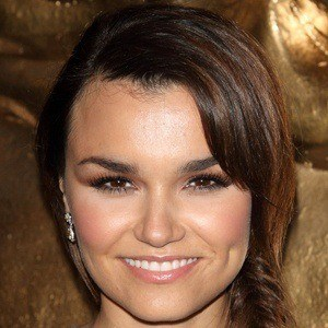 Samantha Barks 6 of 10