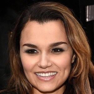 Samantha Barks 7 of 10