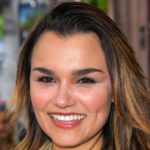 Samantha Barks 8 of 10