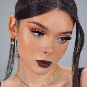 Samantha Lux 6 of 10