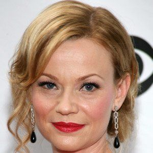 Samantha Mathis 3 of 5