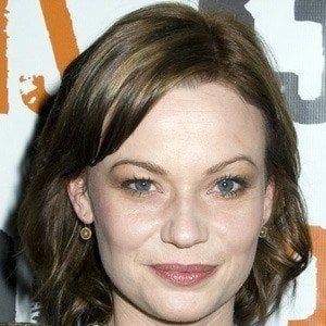 Samantha Mathis 4 of 5
