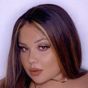 Samantha Ortiz Headshot 6 of 10
