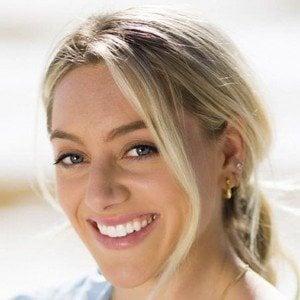 Samantha Peszek Headshot 9 of 10