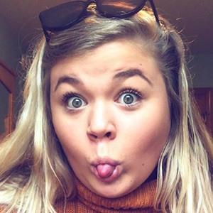 Samantha Schreiber 3 of 6
