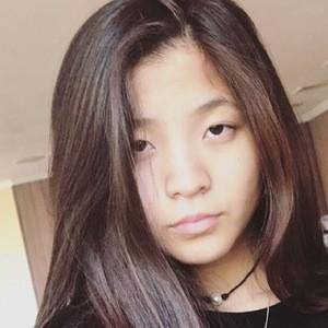 Samantha Wo 3 of 10