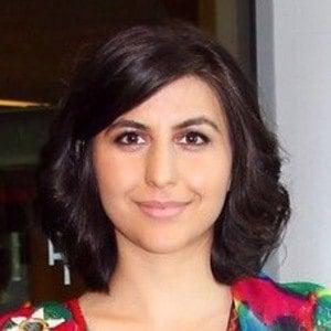 Sana Safi 2 of 5