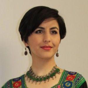 Sana Safi 3 of 5