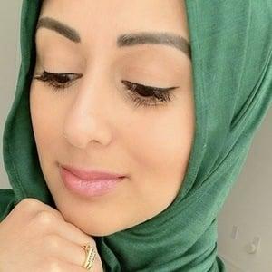 Sana Saleh 4 of 10