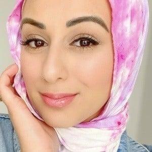 Sana Saleh 5 of 10